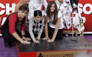 Michael's Children Honor him at Grauman's